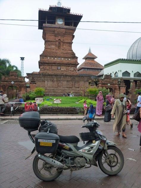 Masjid agung..